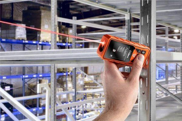 Laserski mjerač daljine 0.2-60 m NEO