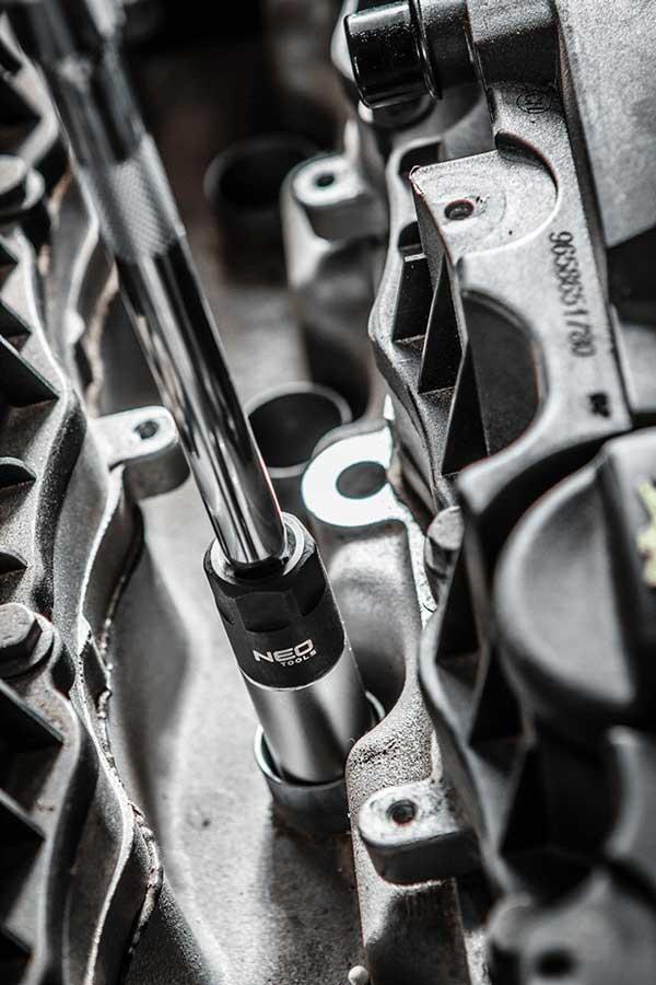 Nasadni ključ za svjećice 16/21 mm NEO